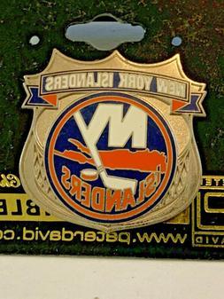 NEW YORK ISLANDERS  SHIELD LOGO LAPEL PIN NHL LICENSED HOCKE