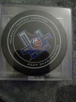 Nhl Hockey Puck Inaugural Game New York Islanders